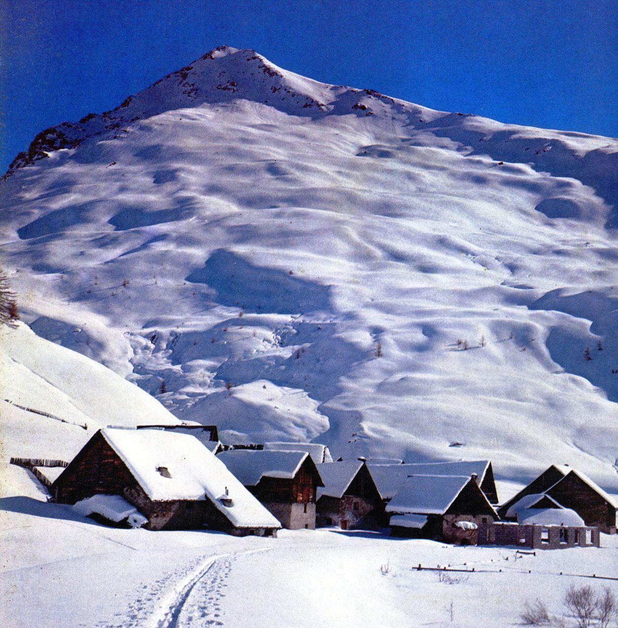 paysages de montagne et de neige page 2. Black Bedroom Furniture Sets. Home Design Ideas